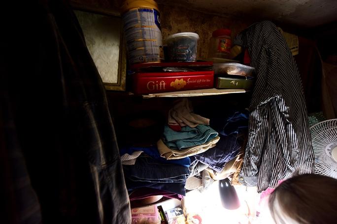 Hai người trong căn hộ 2 mét vuông ở Hà Nội! - Ảnh 6.