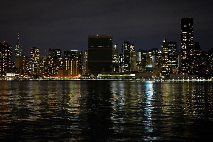 Trụ sở Liên Hiệp Quốc ở New York – Mỹ tham gia sự kiện Giờ Trái đất. Ảnh: UN.ORG