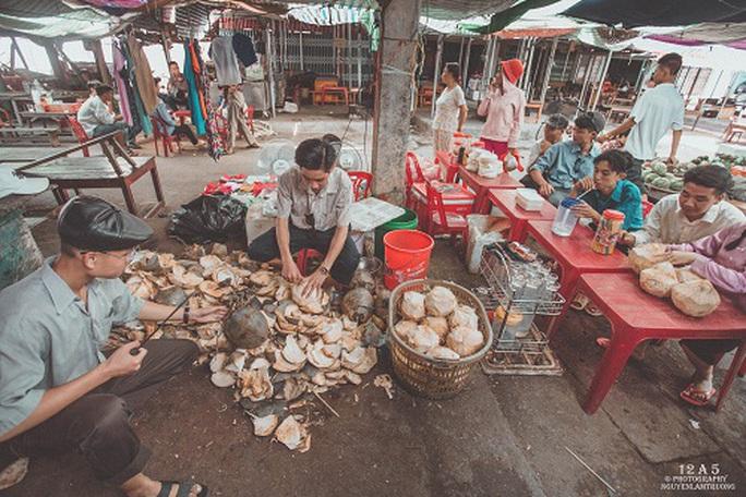 Phiên chợ quê có 1 không 2 ở Quảng Bình - Ảnh 3.