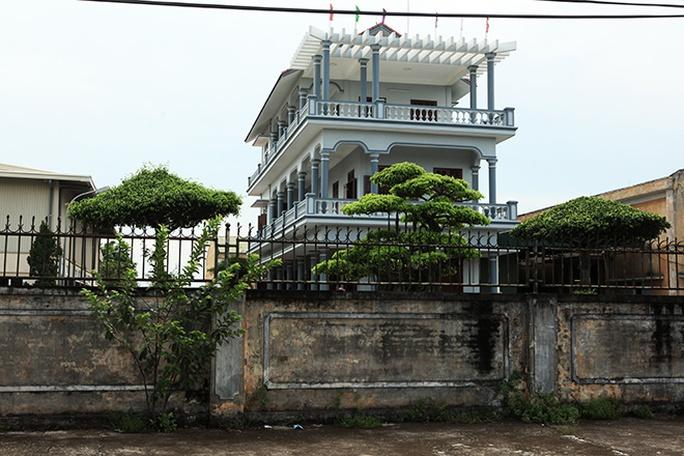 Choáng với ngôi làng hơn 100 tỉ phú ở Thái Bình - Ảnh 3.