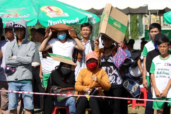 Gần 1.000 thí sinh dự tuyển vào khoá 2 Học viện bóng đá Nutifood - Ảnh 6.