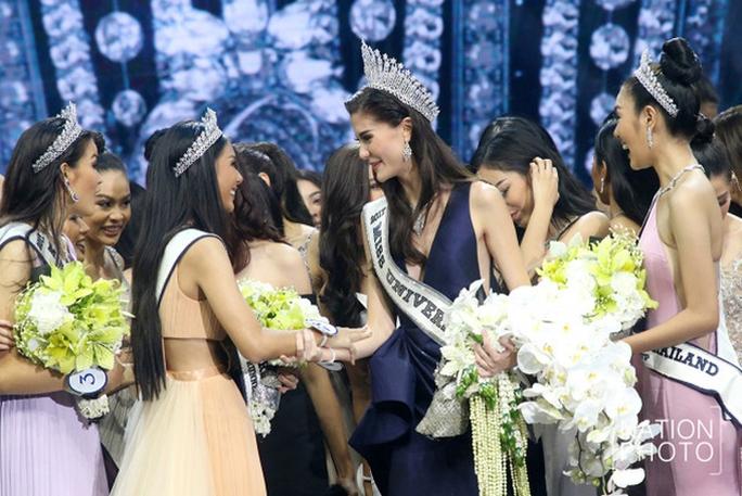 Cận cảnh nhan sắc Tân Hoa hậu Hoàn vũ Thái Lan - Ảnh 4.