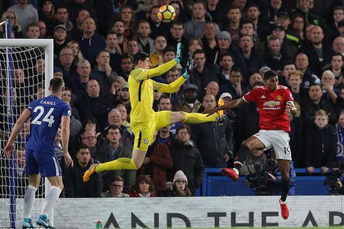 Ám ảnh Stamford Bridge, Man United gục ngã trước Chelsea - Ảnh 4.