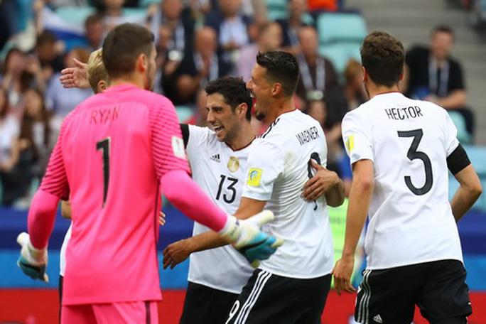 Mưa bàn thắng ở Sochi, xe tăng Đức hạ gục Socceroos - Ảnh 3.
