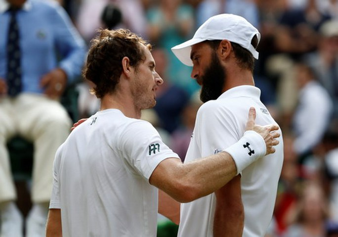 Cả Wimbledon sốc với thất bại của vua Nadal - Ảnh 6.