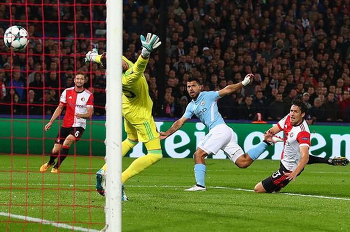 Man City đại phá Feyenoord, Tottenham thắng tưng bừng ở Wembley - Ảnh 3.