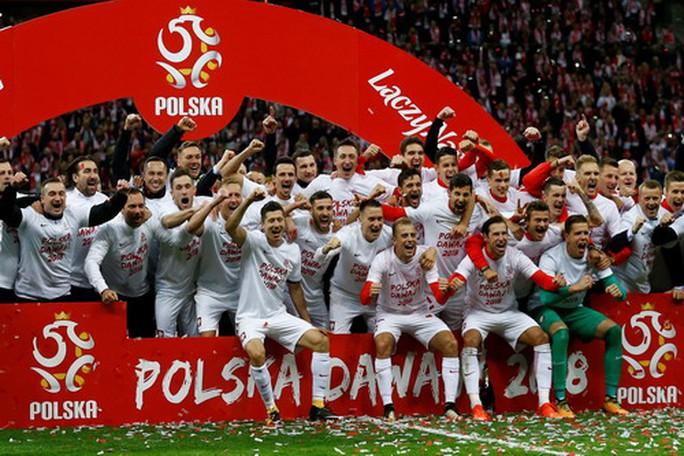 Anh, Đức bất bại, đại bàng trắng Ba Lan bay thẳng đến World Cup - Ảnh 6.