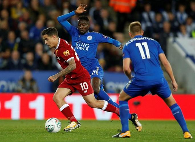 Thua sốc Leicester, Liverpool văng khỏi Cúp Liên đoàn - Ảnh 2.