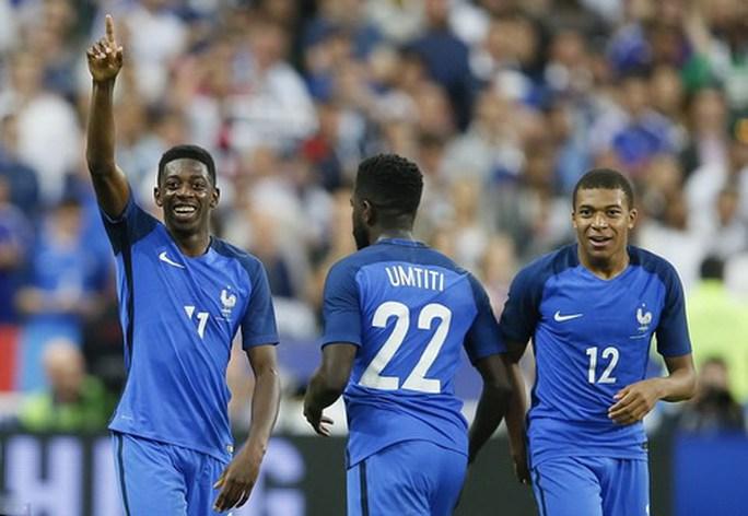 Hậu vệ ghi bàn, Pháp hạ nhục tuyển Anh ở Stade de France - Ảnh 7.