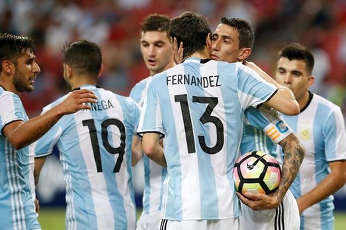 Argentina, Brazil làm mưa gió các trận giao hữu vùng Viễn đông - Ảnh 2.