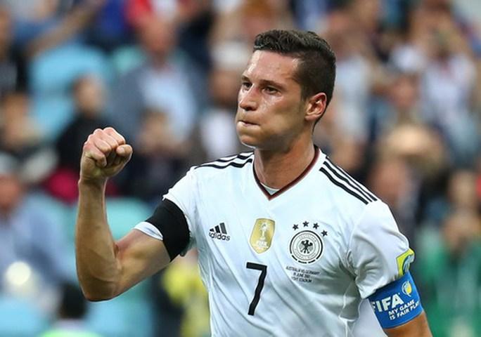 Mưa bàn thắng ở Sochi, xe tăng Đức hạ gục Socceroos - Ảnh 5.