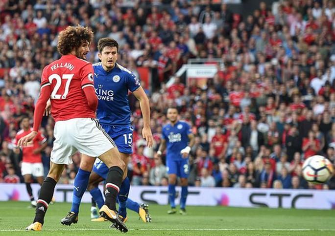 Nhấn chìm Leicester, Man United lập hat-trick chiến thắng - Ảnh 6.