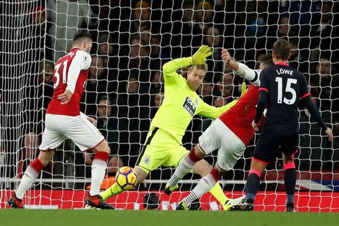 Rooney lập hat-trick, gieo sầu thầy cũ Moyes - Ảnh 6.
