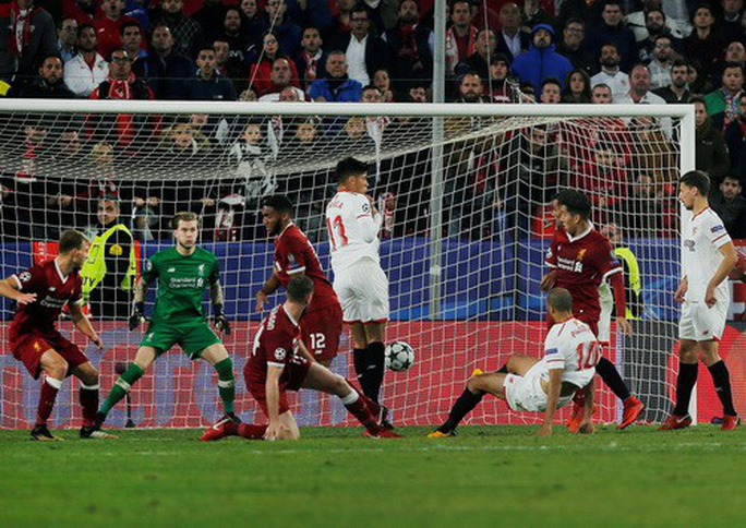 Rượt đuổi tỉ số điên rồ, Liverpool mất điểm khó tin - Ảnh 4.