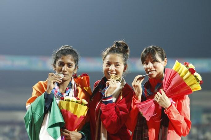 Nguyễn Thị Huyền vô địch 400 m rào châu Á, phá kỷ lục SEA Games - Ảnh 3.