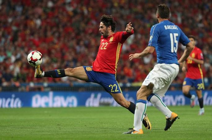 Tây Ban Nha – Ý: Người hùng Isco và 2 siêu phẩm - Ảnh 3.