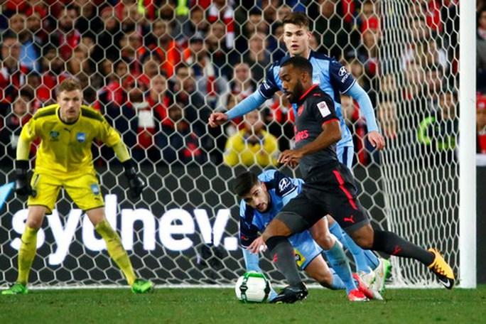 Tân binh Lacazette nổ súng, Arsenal đại thắng ở Sydney - Ảnh 5.