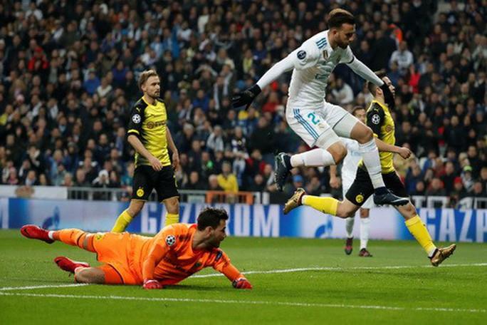 Ronaldo lập siêu phẩm, Real Madrid thắng nghẹt thở Dormund - Ảnh 2.