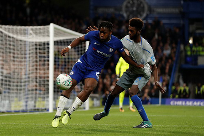 Chelsea, Ajax đá chung kết sớm ở Stamford Bridge - Ảnh 2.