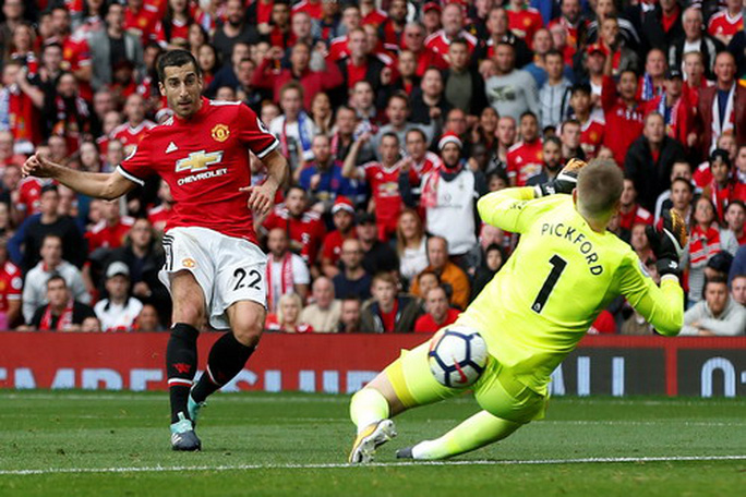 Man United lục đục, cầu thủ công khai bật Mourinho - Ảnh 6.