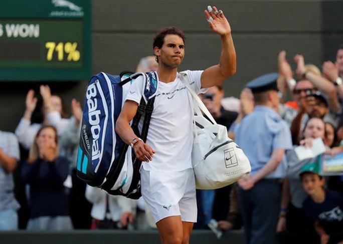 Cả Wimbledon sốc với thất bại của vua Nadal - Ảnh 5.