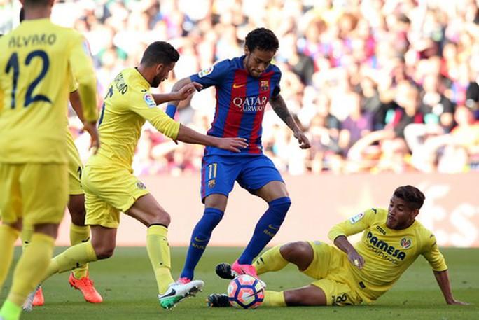 Messi lập siêu phẩm, Barcelona giữ chắc ngôi đầu La Liga - Ảnh 2.