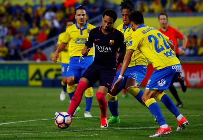 Real lập mưu hạ Sevilla, Neymar một tay đánh bại Las Palmas - Ảnh 7.