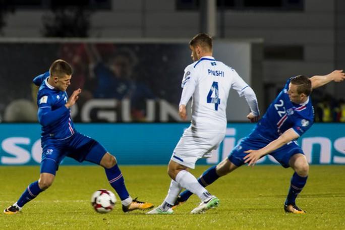 Những đứa con thần sấm Iceland lần đầu dự World Cup - Ảnh 1.