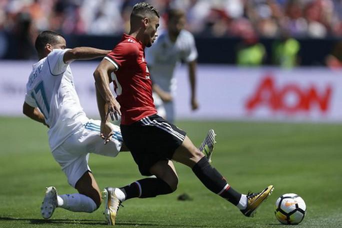 Siêu cúp phần 1, M.U hạ Real Madrid trên chấm luân lưu - Ảnh 2.