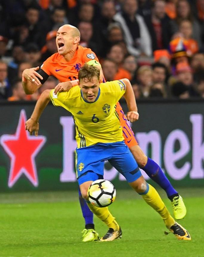 Ngược dòng ngoạn mục, Bồ Đào Nha đoạt vé đến World Cup - Ảnh 6.