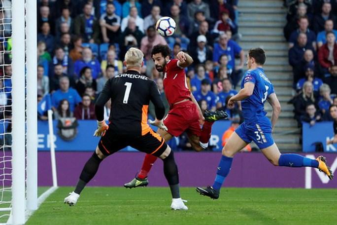 Phù thủy Coutinho tỏa sáng, Liverpool đại phá Leicester - Ảnh 2.