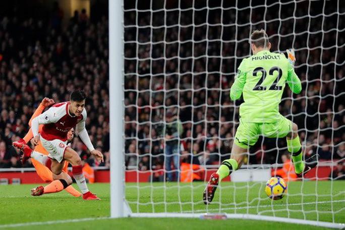 Ngược dòng điên rồ, Arsenal chia điểm Liverpool ở Emirates - Ảnh 5.