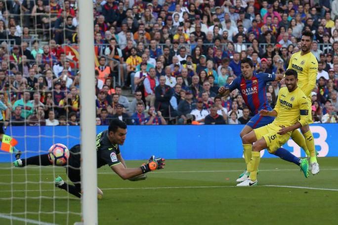 Messi lập siêu phẩm, Barcelona giữ chắc ngôi đầu La Liga - Ảnh 4.