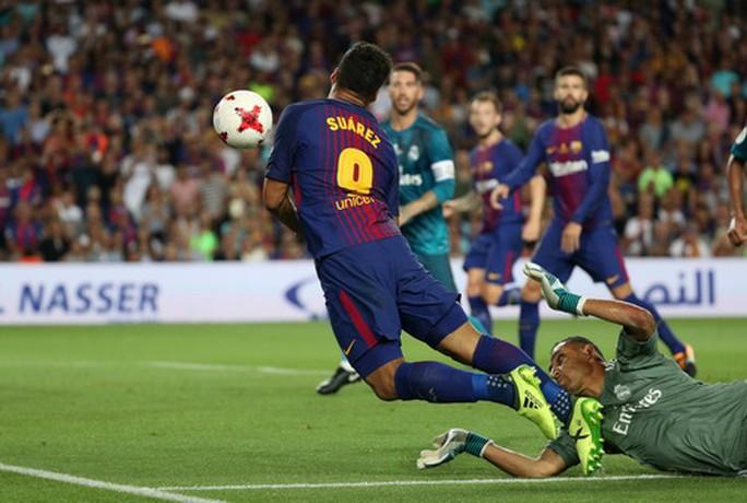 Siêu kinh điển bị hoãn, Real Madrid và Barcelona gặp khó - Ảnh 5.