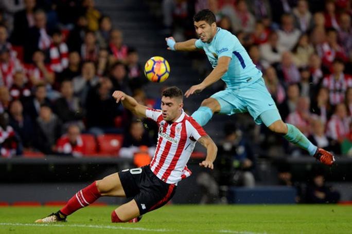 Messi giúp Barcelona hạ đội bóng cũ của HLV Valverde - Ảnh 2.