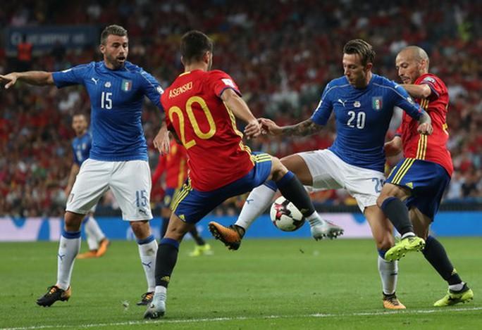 Tây Ban Nha – Ý: Người hùng Isco và 2 siêu phẩm - Ảnh 2.