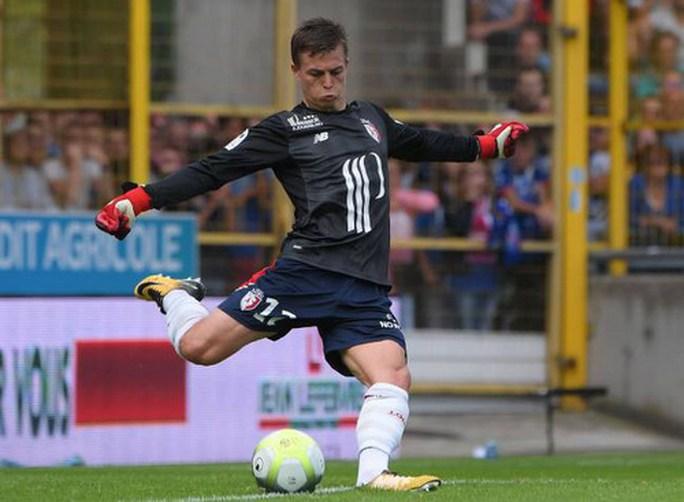 Dùng 3 thủ môn trong trận, Lille thủng lưới đủ ba bàn - Ảnh 4.