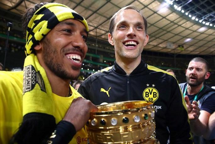 Giành cúp Đức, HLV Tuchel vẫn bị Dortmund sa thải - Ảnh 1.