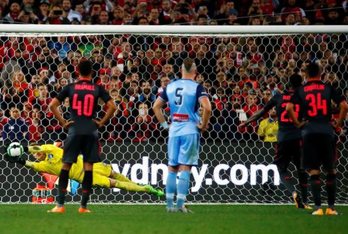Tân binh Lacazette nổ súng, Arsenal đại thắng ở Sydney - Ảnh 4.