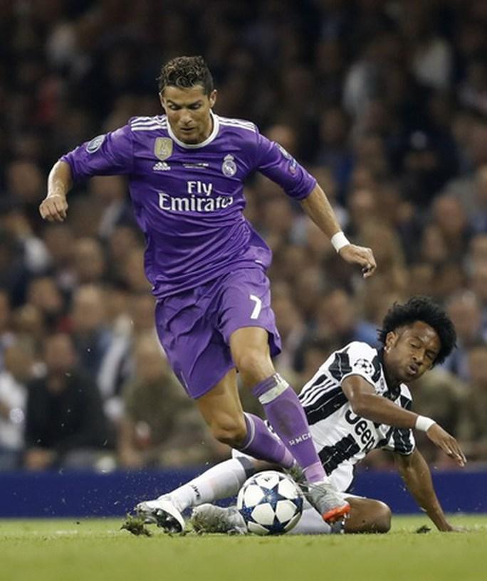 Chung kết Champions League: Nước mắt Buffon và kỷ lục Ronaldo - Ảnh 6.