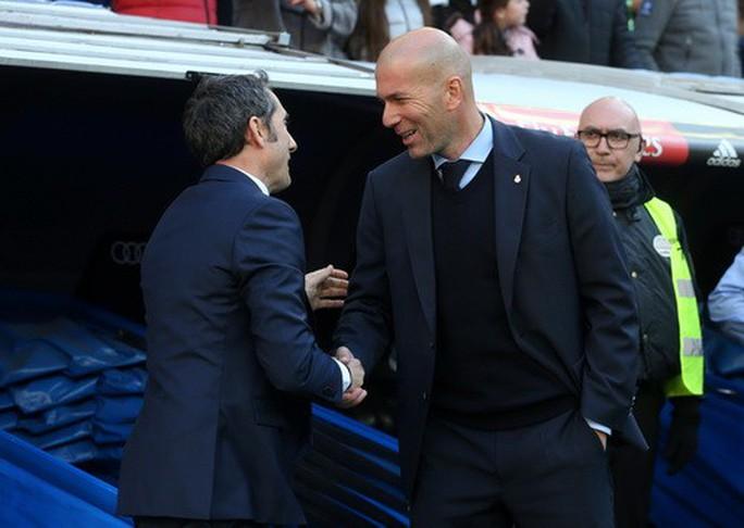 Thất bại siêu kinh điển, Real Madrid lỡ đại tiệc Giáng sinh - Ảnh 4.