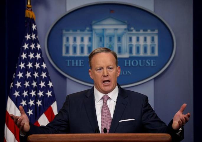 Nhà Trắng trong năm 2017: Nhân tài từ chối bước vô? - Ảnh 5.