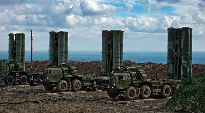 Hệ thống phòng không tiên tiến S-400 Growler. Ảnh: Reuters