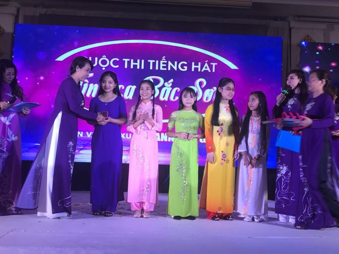 Hướng dẫn viên du lịch đoạt giải Quán quân Tình ca Bắc Sơn - Ảnh 5.