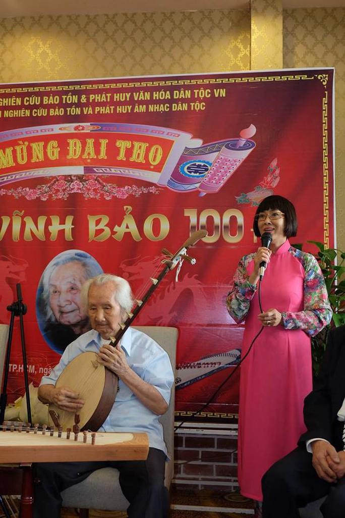 Nghệ sĩ mừng đại thọ giáo sư Vĩnh Bảo 100 tuổi - Ảnh 1.