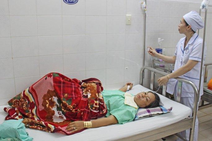 Báo động đỏ liên viện, cứu sản phụ mang thai ngoài,  vỡ tử cung  - Ảnh 1.