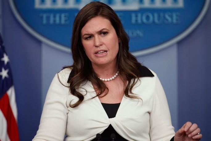 Phát ngôn viên Nhà Trắng Sarah Sanders. Ảnh: AP