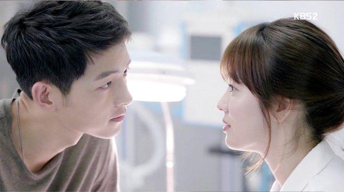 "Sắp cưới Song Hye Kyo, Song Joong Ki bị ""soi"" kỹ - Ảnh 2."