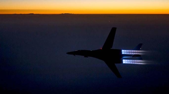 Nga, Mỹ nhất trí tránh đụng độ trên bầu trời Syria - Ảnh 1.