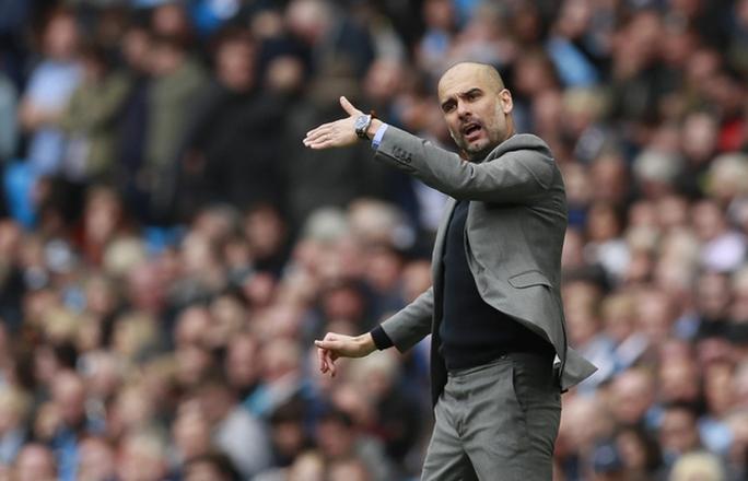 Hạ Leicester, Man City chiếm vị trí thứ ba của Liverpool - Ảnh 4.